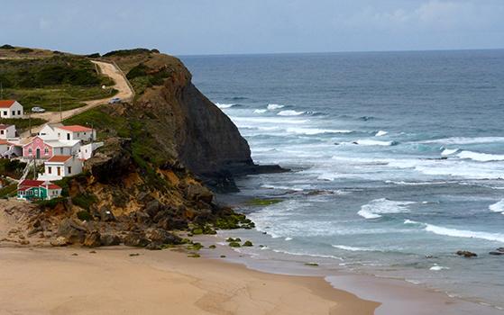 FET_Liebhaverboligen_Rejsereportage_Algarve_Hele vejen følger man kysten og de små landsbyer