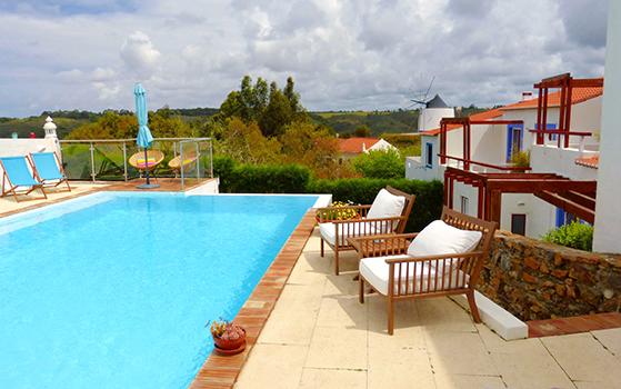 FET_Liebhaverboligen_Rejsereportage_Algarve_Undervejs kan man overnatte med god komfort i små landsbyer.