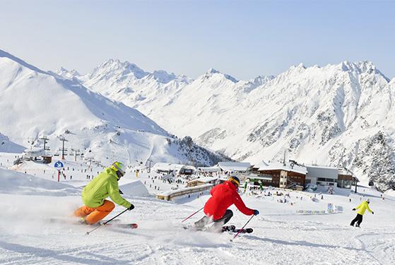 FET_Ischgl_Østrig_Skiferie_ischgl - på ski