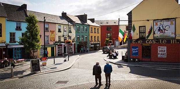 Med slowboat  i Irland