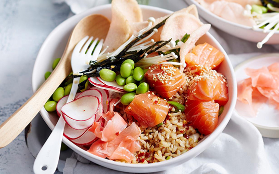 FET_Ginger-And-Salmon-Poke-Bowl