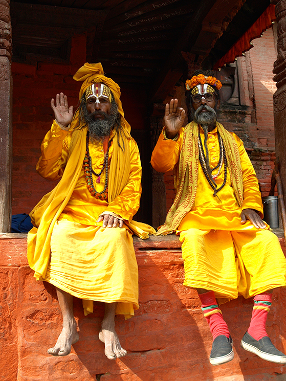 FET_Nepal_Sadhuér-er-hellige-mænd-og-ses-overalt-i-nepal-og-især-i-Katmandu