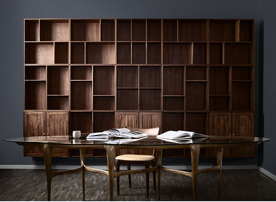 FET_ATBO-Bookcase-storage-Solid-Mahogny-and-AE-Skovgaard-Cloud-Dinnertable-Korona-chair-2018