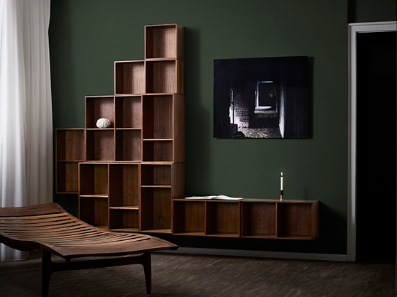 FET_ATBO-Bookcase-storage-Solid-Walnut-and-AE-Skovgaard-Daybed-2018