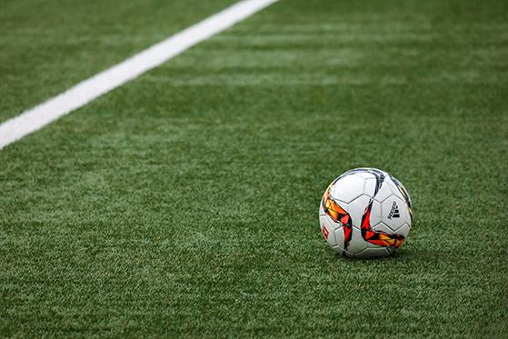 FET_Lyngby_Kunstgræs,-fodbold