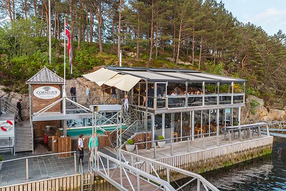FET_Restauranten-Cornelius-ligger-på-den-lille-ø-Holmen-.-Foto--Bergen-Reiselivslag