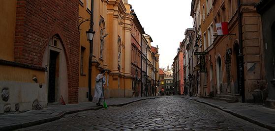 FET_Den-gamle-bydel-i-Warszawa.-Foto-Pixabay