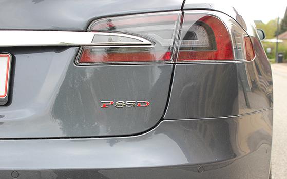 FET_Liebhaverboligen_Liebhaverbilen_Test_Tesla bagende