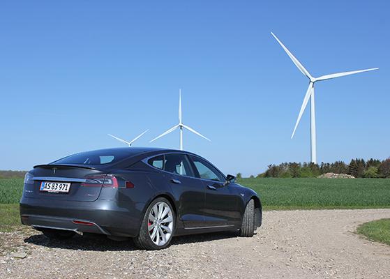 FET_Liebhaverboligen_Liebhaverbilen_Test_Tesla vindmølle 1