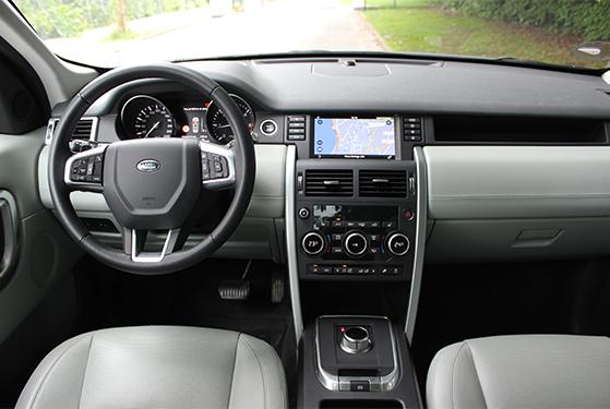 FET_Liebhaverbilen_Biltest_Land Rover interiør