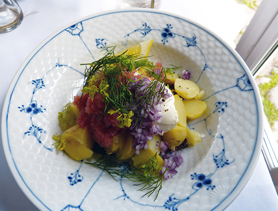 FET_Samsø_Øferie_Naturligvis serverer de kartoffelmadder på Samsø...