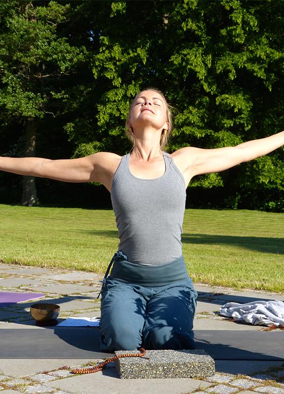 FET_Samsø_Øferie_Stilhed og morgen-yoga