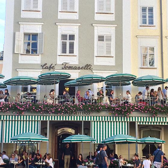 FET_Rejser_Regitses_Rejseunivers_Cafe Tomaselli Salzburg