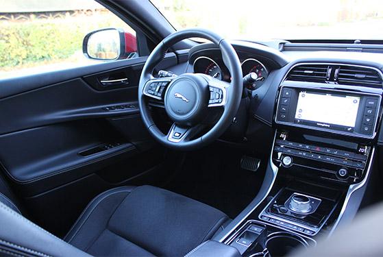 FET_Liebhaverbilen_Jaguar interiør