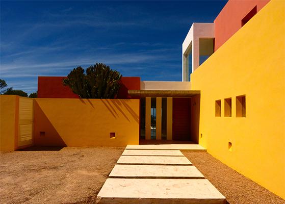 FET_Retreat_Ibiza_Detox_Rejsereportage_Villaen set fra indgangspartiet