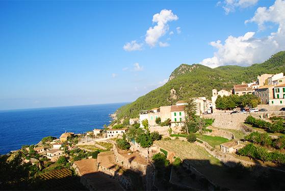 FET_Udenlandsdanskeren_Mallorca_Banyalbufar_den lille by ved havet_privat foto