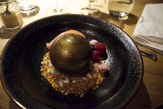 FET_RegitsesRejseunivers_rejseblog_kitchen bar