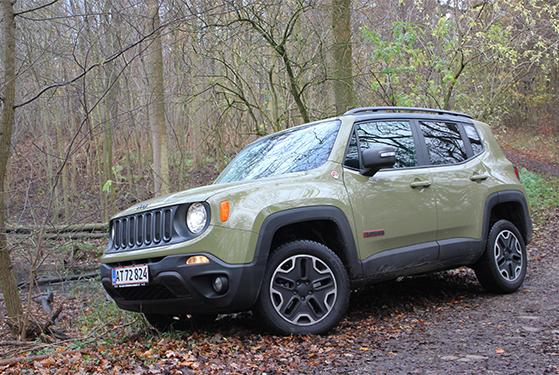 FET_Liebhaverbilen_Test_Jeep i terræn