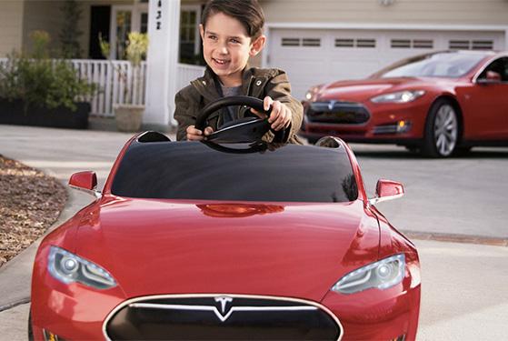 FET_Mandesager_Tesla-Model-S-for-Kids