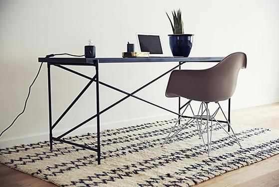 FET_Bungalow_Design_Desk - Lifestyle 2