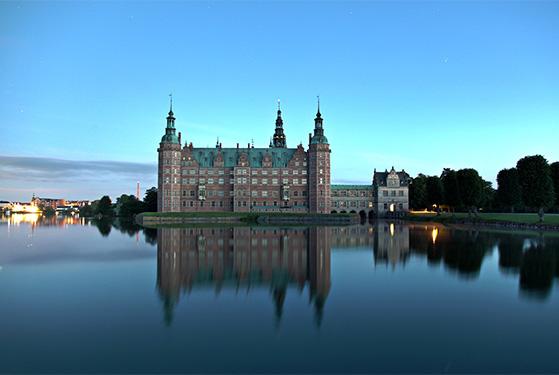 FET_Frederiksborgslot_mew_aftenbillede