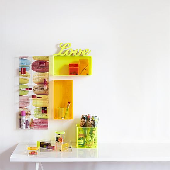 FET_Akryl_Møbler_reoler_Boligdesign_teenageværelse i gult