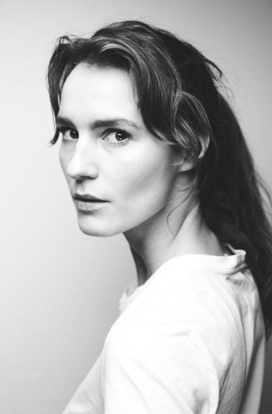FET_Amanda-Collin-1820-HEIN-Photography