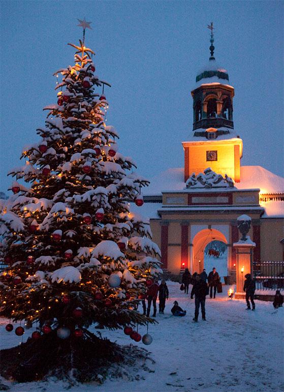 FET_Ledreborg_Slotskirke-vinter