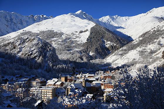 FET_Skiferie_Valloire-village-P.Delannoy