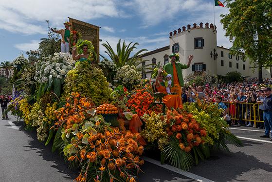 FET_Flower-Festival---Flower-parade