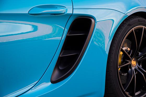 FET_Porche_Sportsvogn_Indsugning,-lækkert-designet.