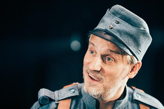 FET_2018_09_20_Nørrebro_Teater_Svejk_Gennemspilnig_0121-copy-copy