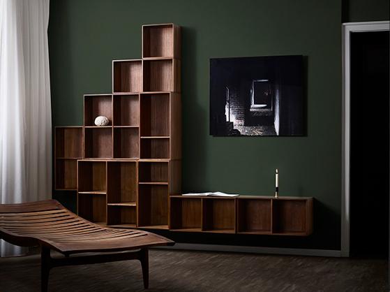 FET_ATBO-Bookcase-storage-Solid-Walnut-and-AE-Skovgaard-Daybed-2018