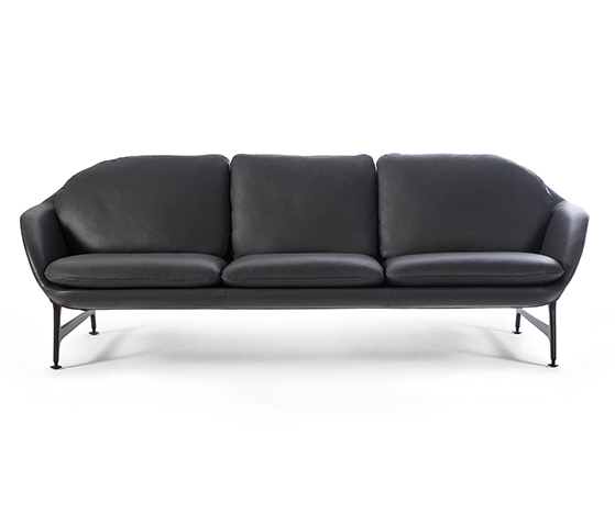 FET_Sofaer_2-cassina-vico-jaime-hayon-new-leather-version-b-copy